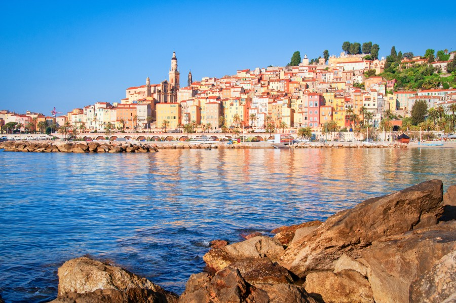Property in Menton, a town of art and history - EE24