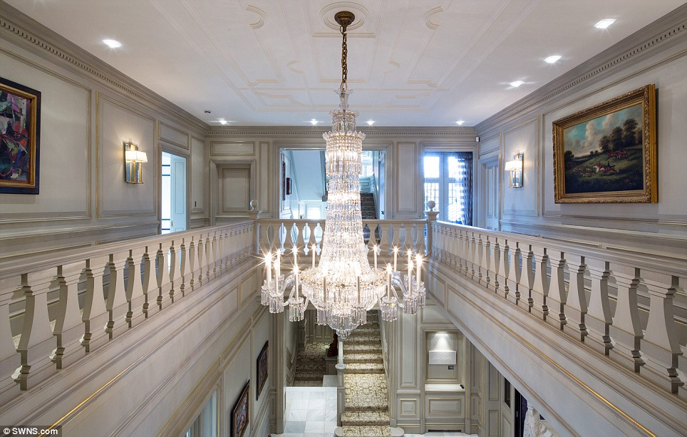 A Mansion In London Is On Sale For 60 Million EE24