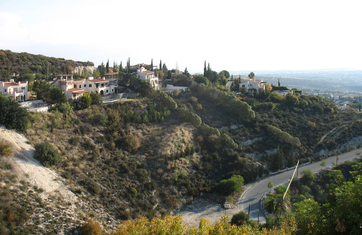 Cyprus – mediterranean colour by the UK rules | Photo 1 | ee24