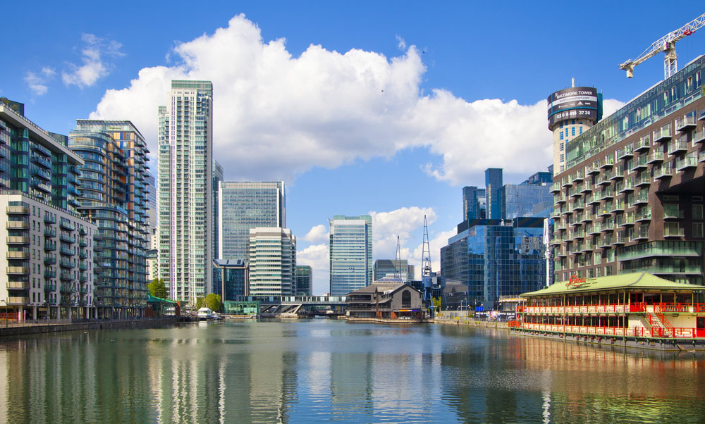 Real estate in new buildings in London it is better to buy for