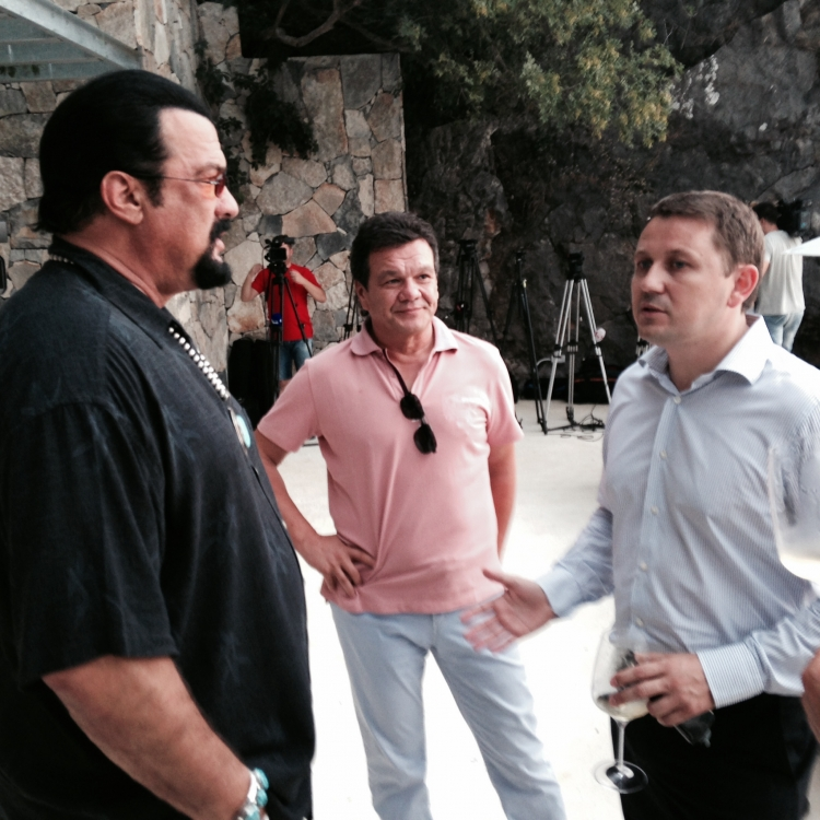 Steven Seagal became the owner of property in Montenegro | Photo 1 | ee24