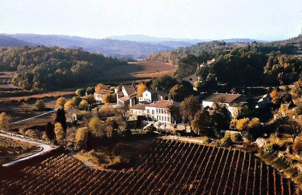 French Château Miraval and vineyards of Pitt and Jolie | Photo 1 | ee24