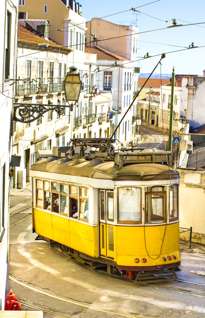 Time to buy: a Portuguese real estate market hit bottom, now only upstairs | Photo 1 | ee24