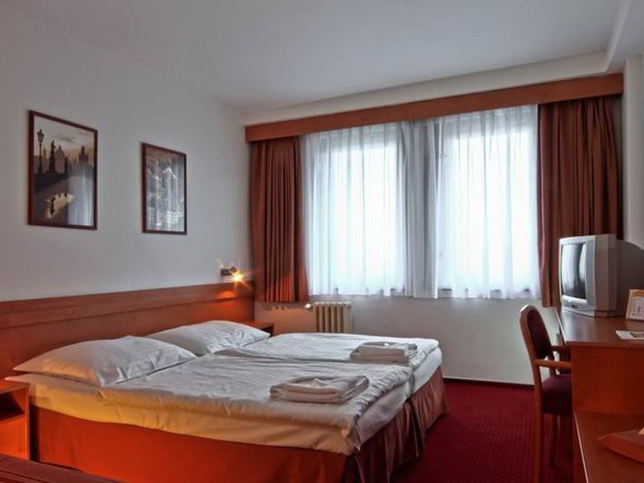 Hotel in district Prague 5 in city Prague