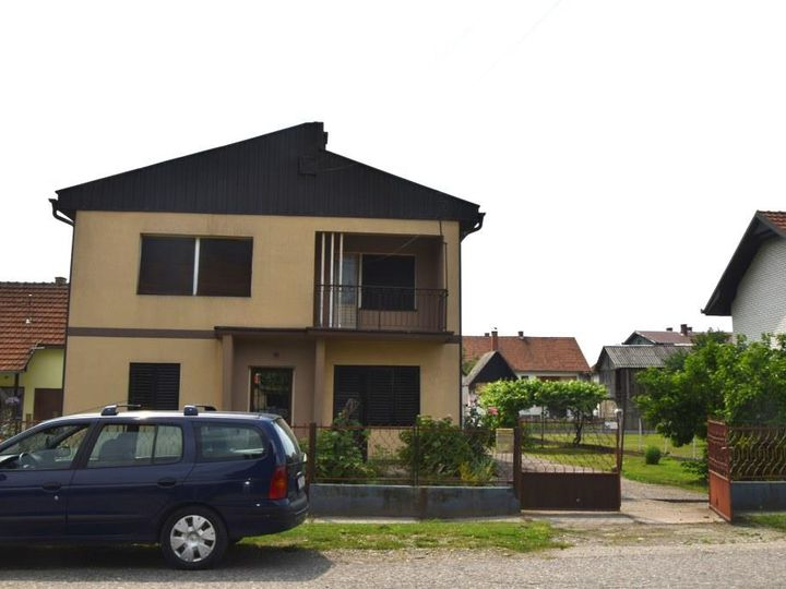 Detached house in city Loznica