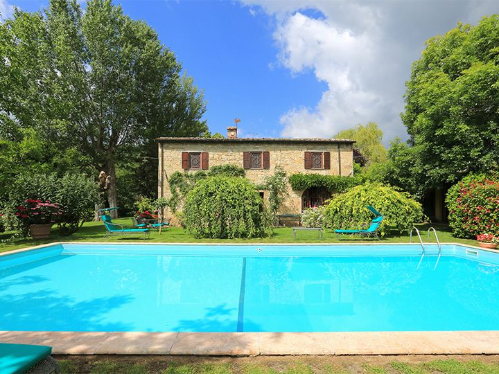 Detached house in city Siena