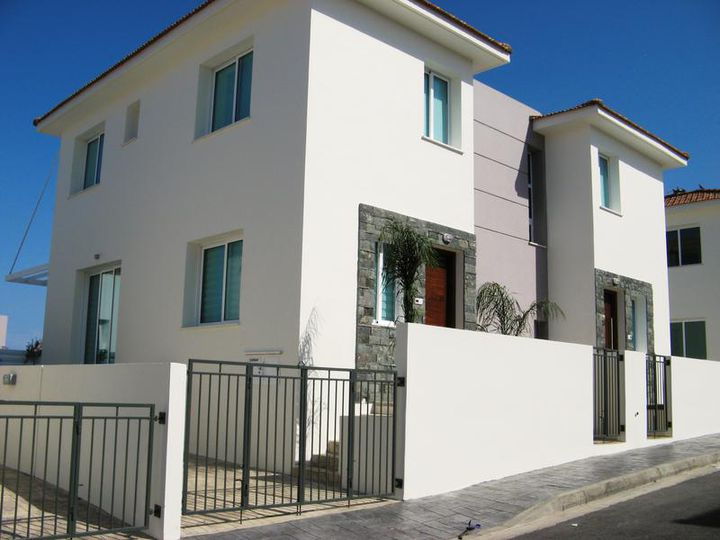 Townhouse in city Protaras