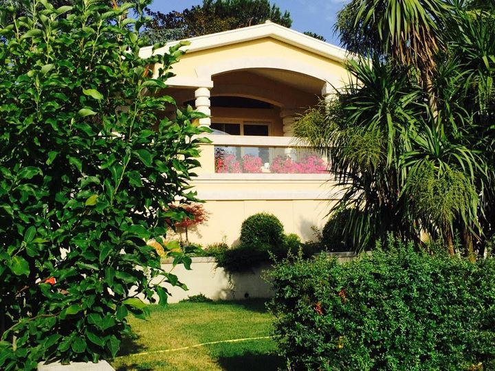 Villa in city Rome
