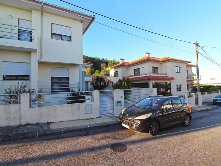 Semi-detached house in city Viana do Castelo