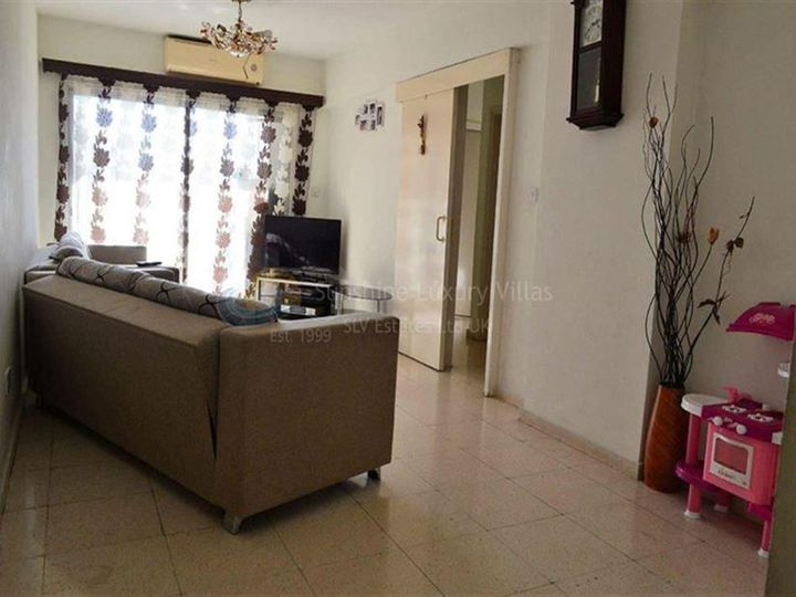 Apartment in city Paphos