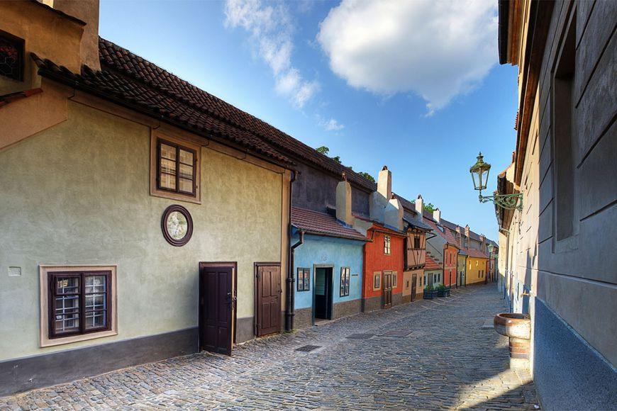 Kết quả hình ảnh cho prague golden street