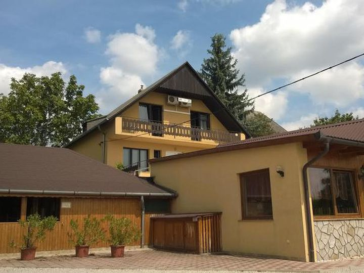 Detached house in city Balatonfured