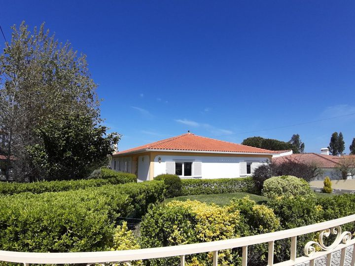 Villa in city Caldas da Rainha
