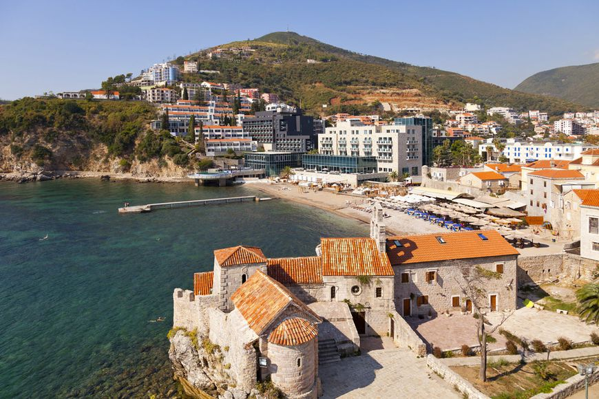 New apartments in Budva became cheaper for the year