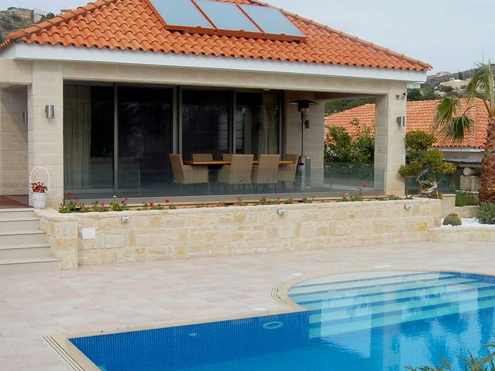 Detached house in city Pissouri