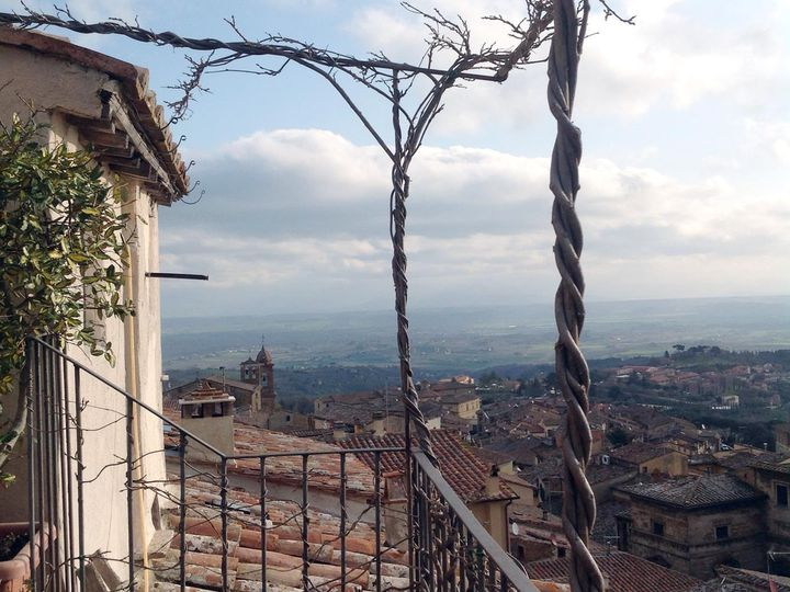 Townhouse in city Montepulciano