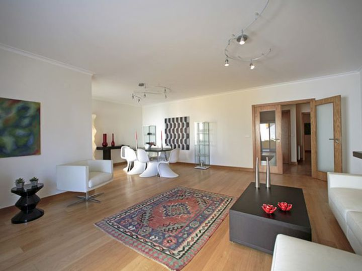 Apartment in city Cascais