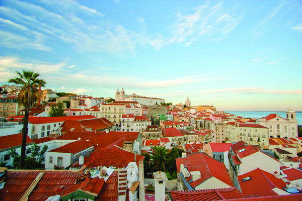Portugal want to introduce a new tax for owners of expensive real estate