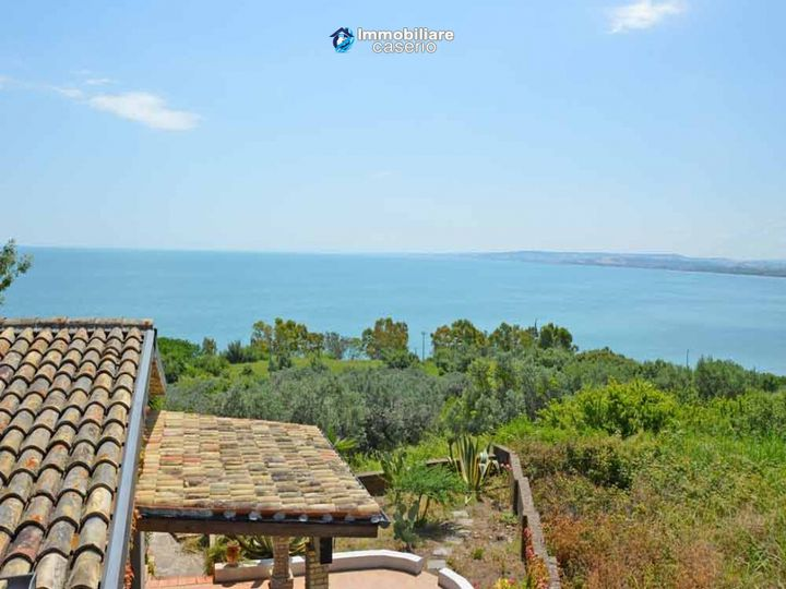 Villa in city Vasto