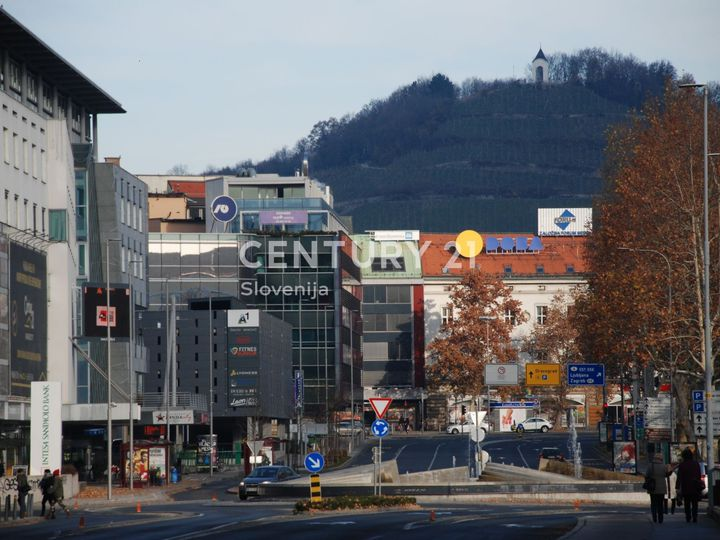 Commercial in city Maribor