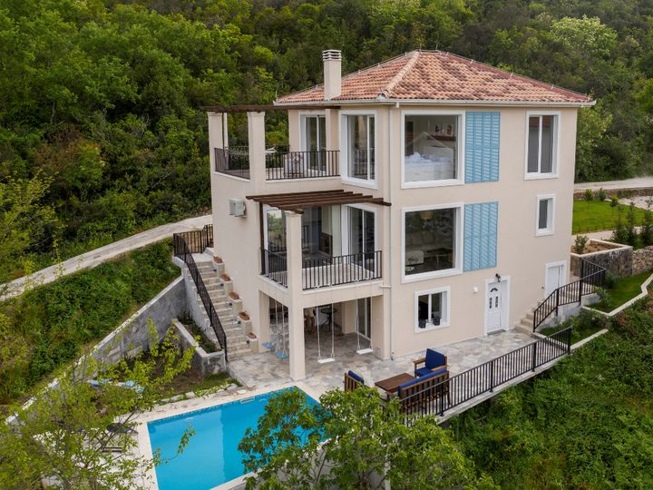 Villa in city Tivat