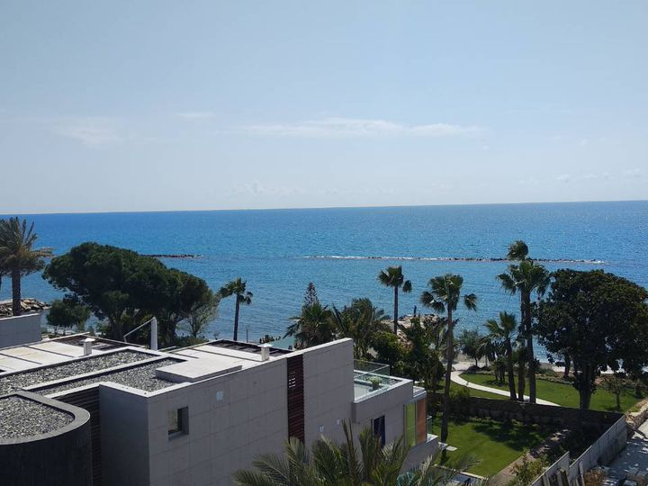 Penthouse in city Limassol