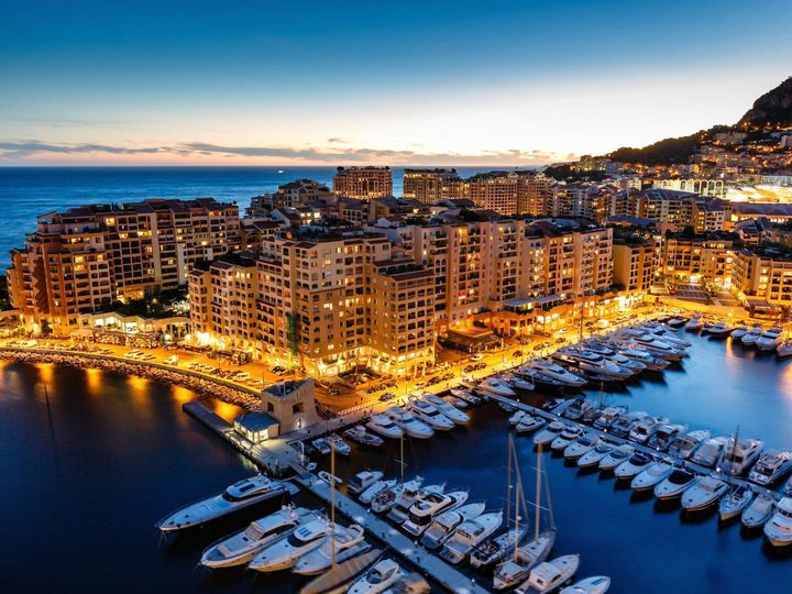 Studio in city Monaco