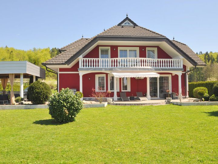 Detached house in city Kamnik