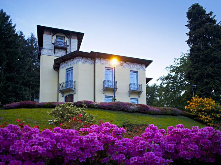 Villa in city Stresa