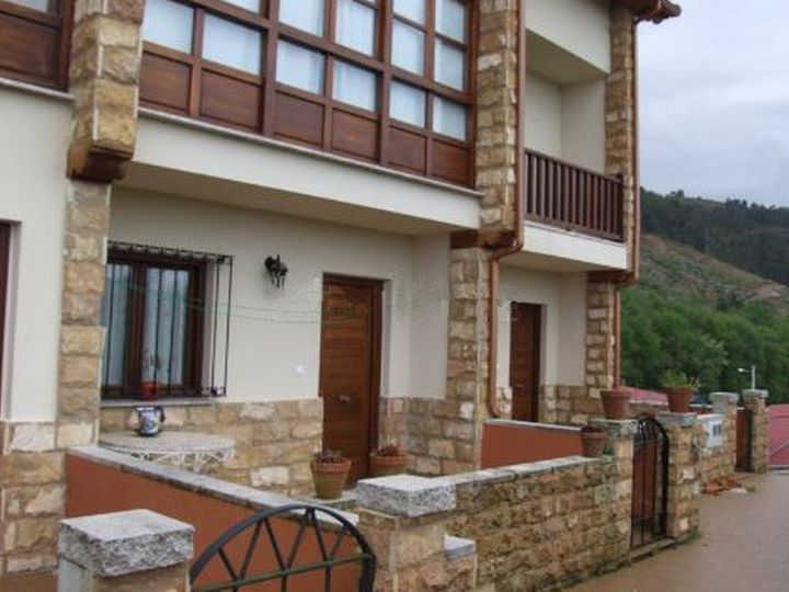 Chalet in city Llanes