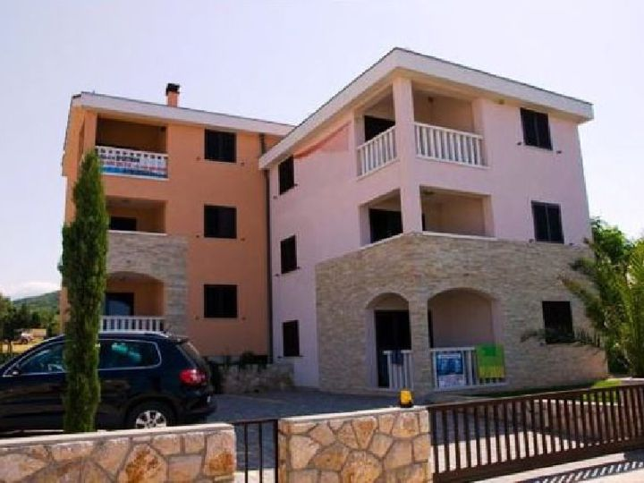 Apartment in city Pag