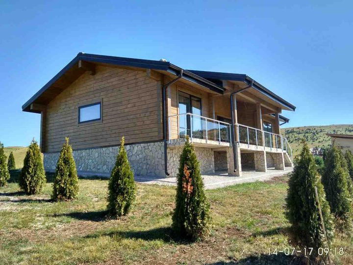 Detached house in city Zlatibor
