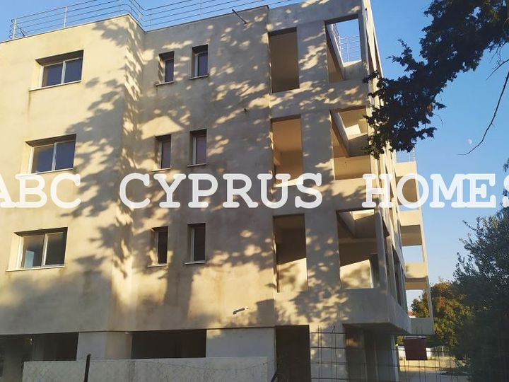 Apartment house in city Paphos