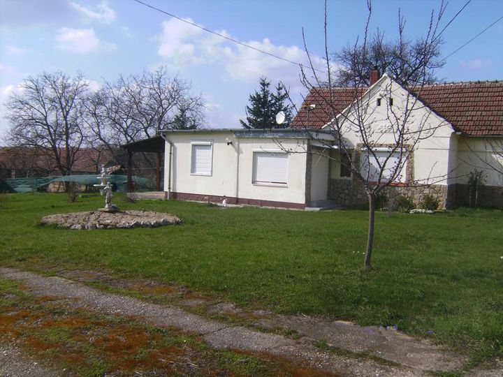Detached house in city Zalakaros