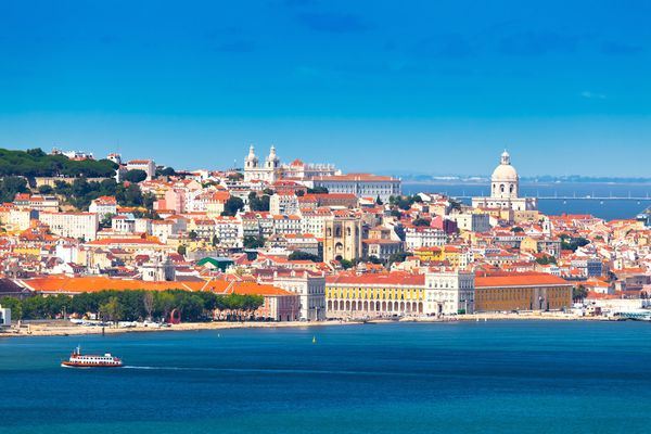 Easy to count in head: housing in Portugal costs €1,000 per sq.m