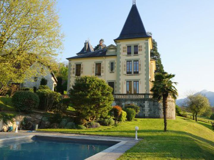 Castle in city La Motte-Servolex