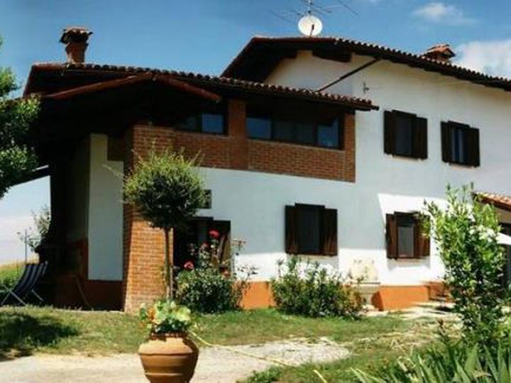 Villa in city Cereseto