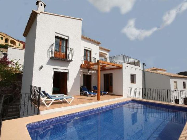 Villa in city Adsubia
