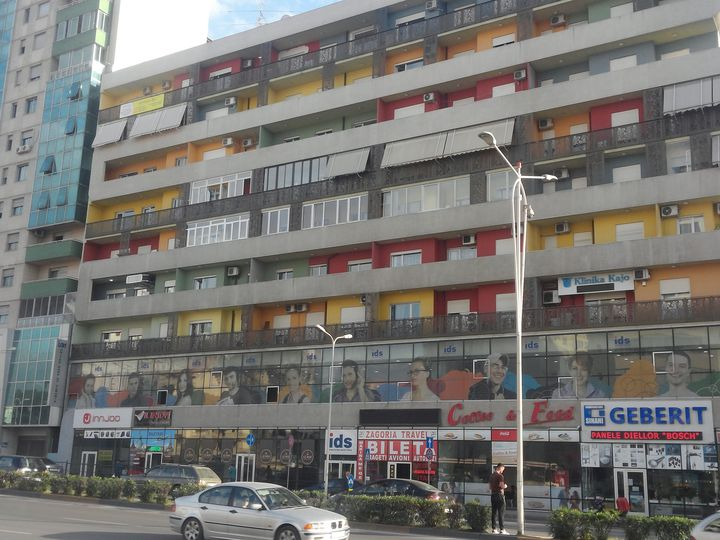 Apartment in city Tirana