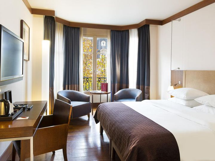 Hotel in city Paris