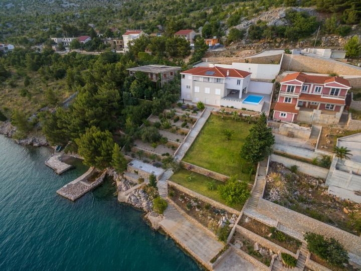Villa in city Starigrad