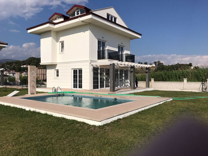 Detached house in city Fethiye