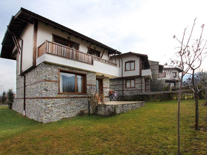 Cottage in city Bansko