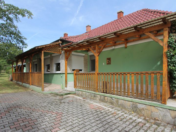 House in city Cserszegtomaj