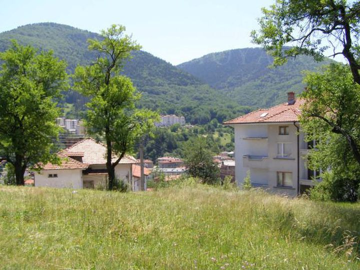 Land in city Smolyan