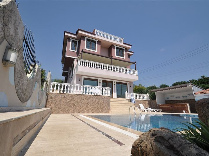Villa in city Alanya