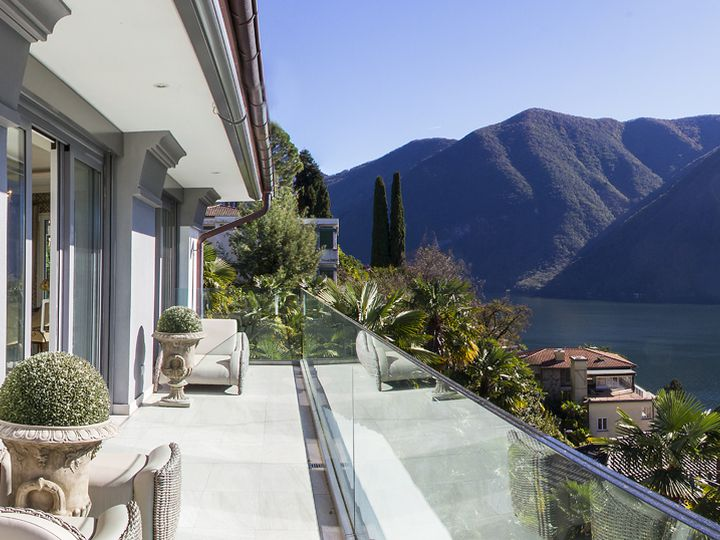 Penthouse in city Lugano