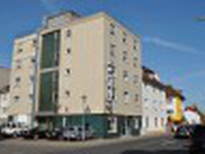 Hotel in city Neu-Isenburg