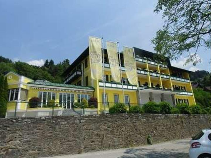 Hotel in city Millstatt