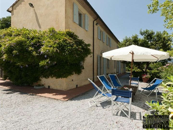 Villa in city Camaiore